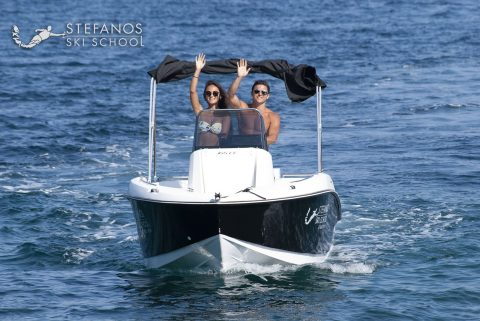 Speed boat for rent in Skiathso